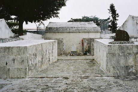 Akahigibara Monchu