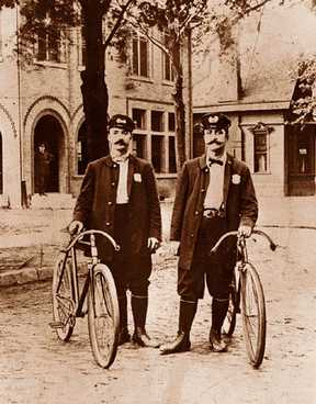 Detroit was among the first cities to put its police on wheels. This photo is from from the late 1890s.