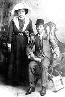 Fong Quain Lowe and Jack Joe Lowe about 1912.
