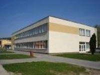 Budova knižnice (photo by Hajduk)