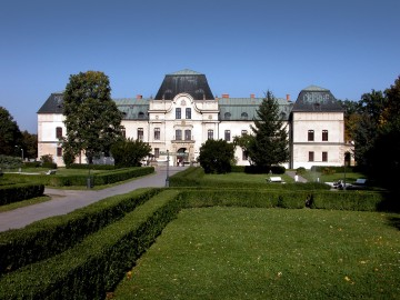 Humenné Mansion (Monuments Board of the SR Archives, photo by Peter Fratrič)